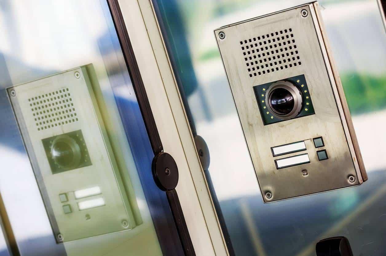 L'interphone vidéo, sécurité et confort