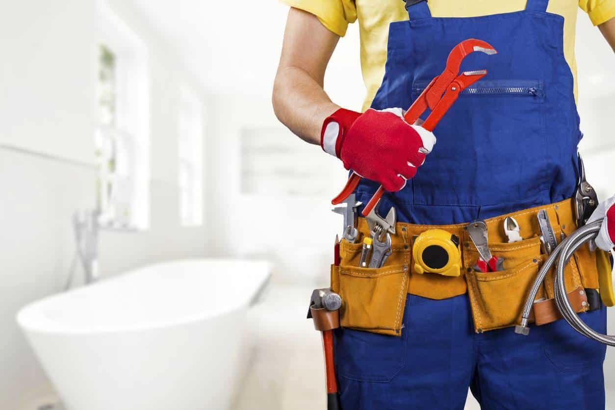 plombier professionnel pour résoudre problème mauvaise odeur salle de bain