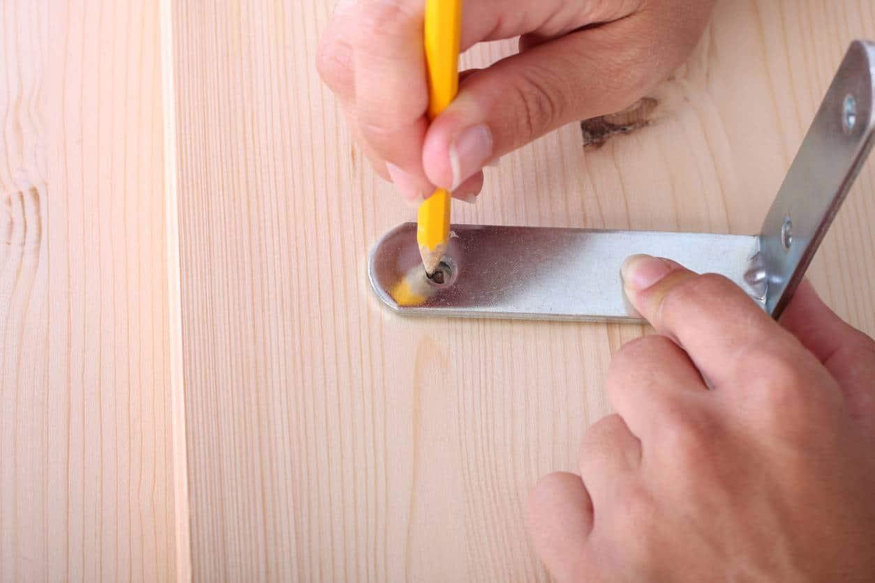 réparer table bois